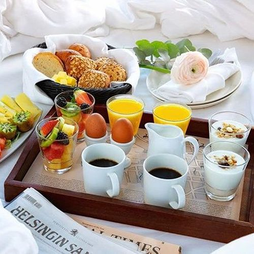 Good morning, breakfast time! ☀ How about a fresh newspaper of the day on the side?  #hotelfabian  #wedontmindifyoustaylonger  #hotelbreakfast